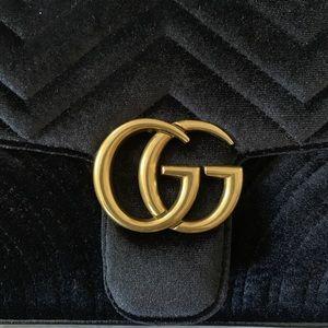 Gucci Bags - GUCCI MARMONT VELVET BAG.